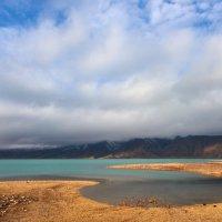 Горное озеро :: Сергей Рычков