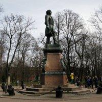 Памятник Петру I в Петровском парке. :: ТАТЬЯНА (tatik)