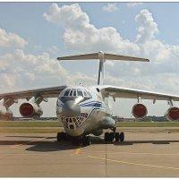 Крылатый грузовик :: Кай-8 (Ярослав) Забелин
