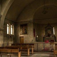 Интерьер армянской церкви :: Полина Суязова