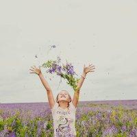 В полевых цветах :: Lana Dob