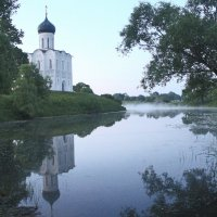 Туман на реке Нерль :: Александра
