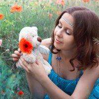 В каждой девушке всегда живёт ребёнок )) :: Райская птица Бородина