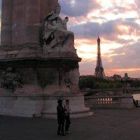 В Париж приходит вечер... :: Елена Даньшина