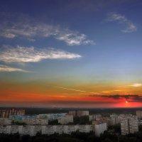 Закат над городом... :: Андрей Войцехов