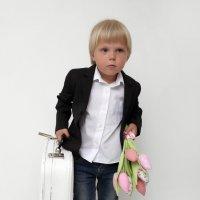 хлопчык з валізкай :: виктор омельчук