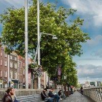 На набережной в Ирландии :: АЛЕКСАНДР МИНКОВИЧ