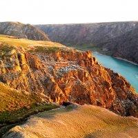 скалы на реке или :: Руслан Балтабаев