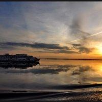Закат на Волге :: Анастасия Смирнова