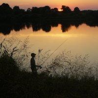 Рыбалка на закате :: Александр Прокудин