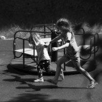 ...наперегонки с тенью.. :: Влада Ветрова