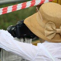 фотограф или далее прохода нет или все дело в шляпе :: Олег Лукьянов