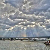 Небо города :: Евгения Латунская