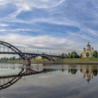 Утро в Рыбинске :: Valeriy Piterskiy