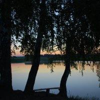 У озера :: Татьяна Аистова