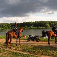 История о том, как арестовали мотоцикл :: Андрей Лукьянов