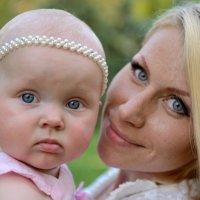 Алиса с мамой :: Анна Емельянова