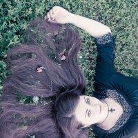 В траве :: Черника Устинова