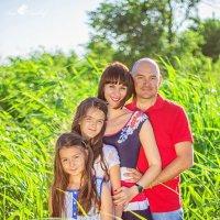 С Днем Семьи, любви и верности! Чудесная, крепкая и дружная семья Веры :: Анна Дрючкова