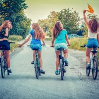 Прогулка леди-на велосипеде :: Роман