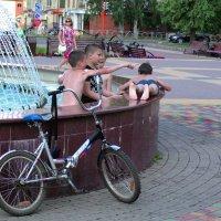 когда на улице жара :: Евгений Фролов