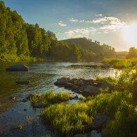 Закат над рекой. :: Сергей Бурнышев