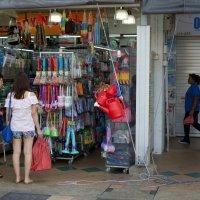 Street scenes of Singapore 4 :: Sofia Rakitskaia