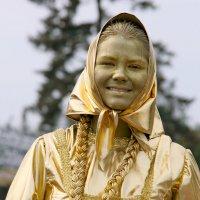 вот это да - золотая девушка :: Олег Лукьянов