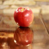 Эх, яблочко... :: Marina K