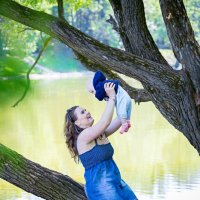 Семейная фотосессия в парке :: Елена Волкова