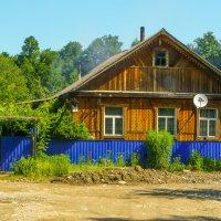 Старый дом в п. Каменномостский... Адыгея... :: Юлия Бабитко
