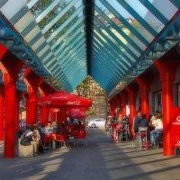 Красные колонны :: M Marikfoto