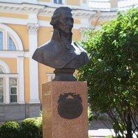 Памятник поэту Державину. :: Светлана Калмыкова