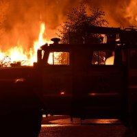 На пожаре :: Сергей Гаврилин