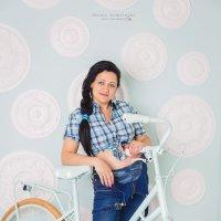 Веселая будущая мамочка Аня :: Оксана Оноприенко