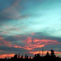 - И солнце усталое за горизонт уходит, напоследок зажигая облака :: Наталья Пендюк Пендюк