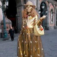 Живые скульптуры на улицах Неаполя. :: Наталья Пономаренко