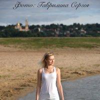 Прогулка по пляжу :: Сергей Гаврилин