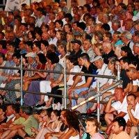 Зрители ... :: Владимир Икомацких