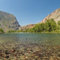Долина реки Чулышман, Горный Алтай :: Максим Бородин