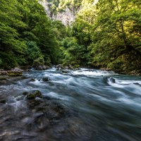 Горная река :: Александр Хорошилов