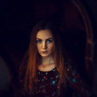 Загадочная девушка :: Alexander Tsars