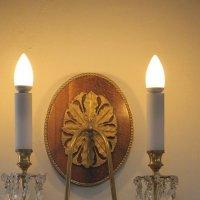 Тают от восторга свечи, вспоминая прожитые дни... :: Tatiana Markova