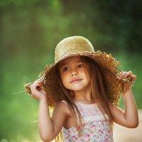 Дама в шляпке :: Юлия