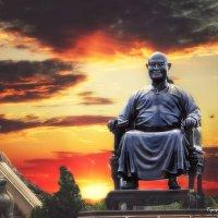 Один из китайских императоров :: Евгений Подложнюк