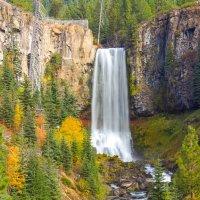 Осенний водопад :: Victoria Ditkovsky