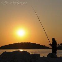 Рыбалка на рассвете. Халкидики, Греция. :: Alexander Kopytov