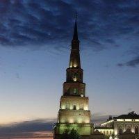 Башня Сююмбике ночью :: Peripatetik