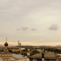 Небо над городом :: Igor Khmelev
