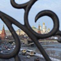 Патриарший мост :: Андрей